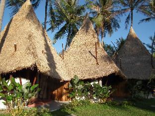 B52 Beach Resort discount