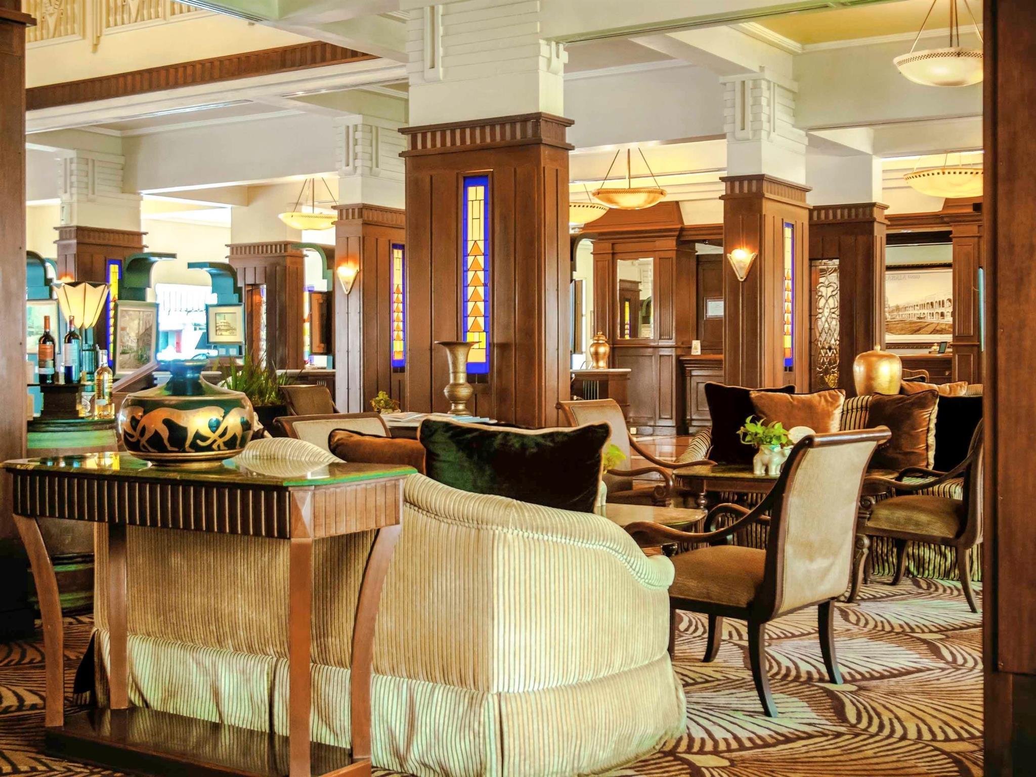 Hotel Hotel Majapahit Surabaya - Jalan Tunjungan 65 - Surabaya