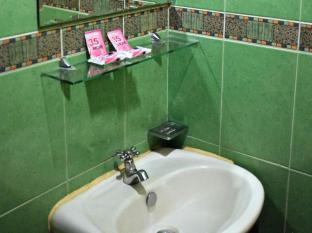 Big Apple Hotel & Bar Davao City - Banyo