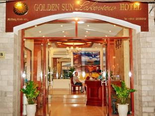 Golden Sun Lakeview Hotel Hanoi - Entrance
