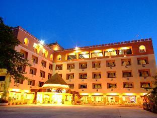 ウィンプレイス ホテルチェンマイ Win Place Hotel Chiang Mai