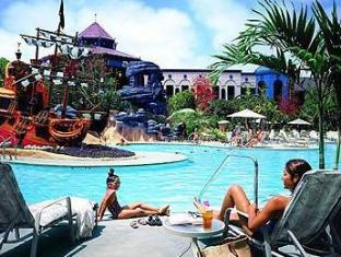 Disneyland Hotel Anaheim Ca United States