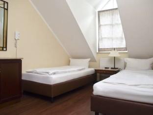 M & M Hotel Berlynas - Svečių kambarys