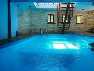 Epoches Guesthouse Karpenision - Swimming Pool