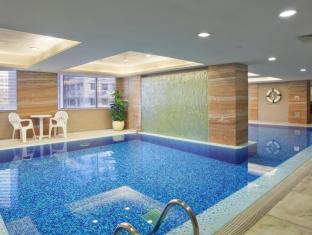 Holiday Inn Macau Hotel Macau - 9th Floor - Indoor Swimming Pool