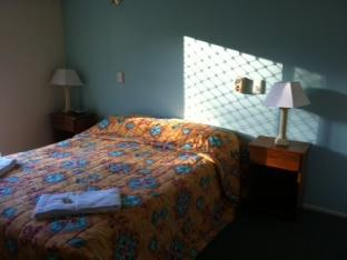 Bayshores Holiday Apartments4