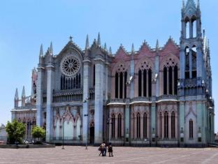 利昂瓜納華托墨西哥漢普頓酒店