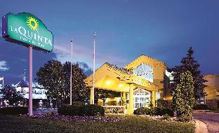 La Quinta Inn & Suites by Wyndham Appleton College Avenue