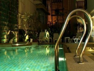 The BluEco Hotel Phuket - Piscina