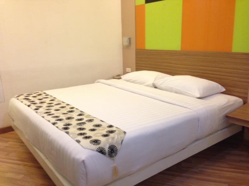 アソーク スイーツ ホテル18