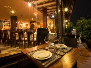 Salana Boutique Hotel विएंताइन - रेस्त्रां