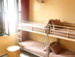 Prince of Wales Backpacker @ Boat Quay Singapore - Dormitory Room (8 Adults)