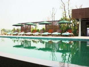 TaNiTa Lagoon Resort Udon Thani - Swimming Pool