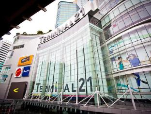 Galleria 10 Sukhumvit by Compass Hospitality Bangkok - Terminal 21 Shopping Center