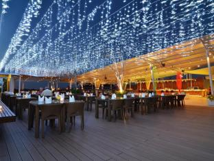 The ONE Legian Hotel Bali - Rooftop Dine and Music Lounge