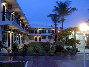 Motel 7 Sihanoukville - Hotel at Night time