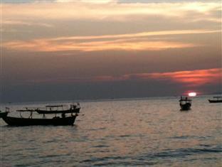 Motel 7 Sihanoukville - Sunset ocheutel beach