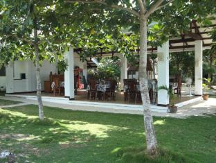 Talima Beach Villas & Dive Resort Cebu - Restaurace