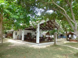 Talima Beach Villas & Dive Resort Cebu - Restaurant