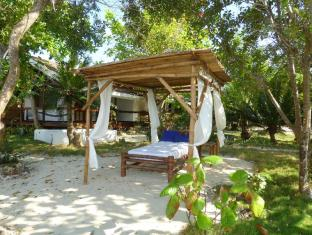 Talima Beach Villas & Dive Resort Mactan Island - חוף ים
