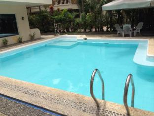 Beachcomber Resort Boracay Boracay Island - Swimming Pool