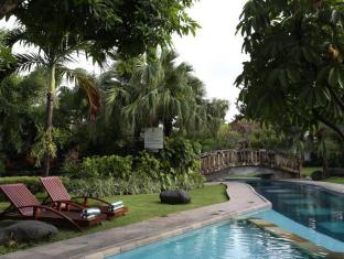 The Graha Cakra Bali Hotel Bali - Swimming Pool