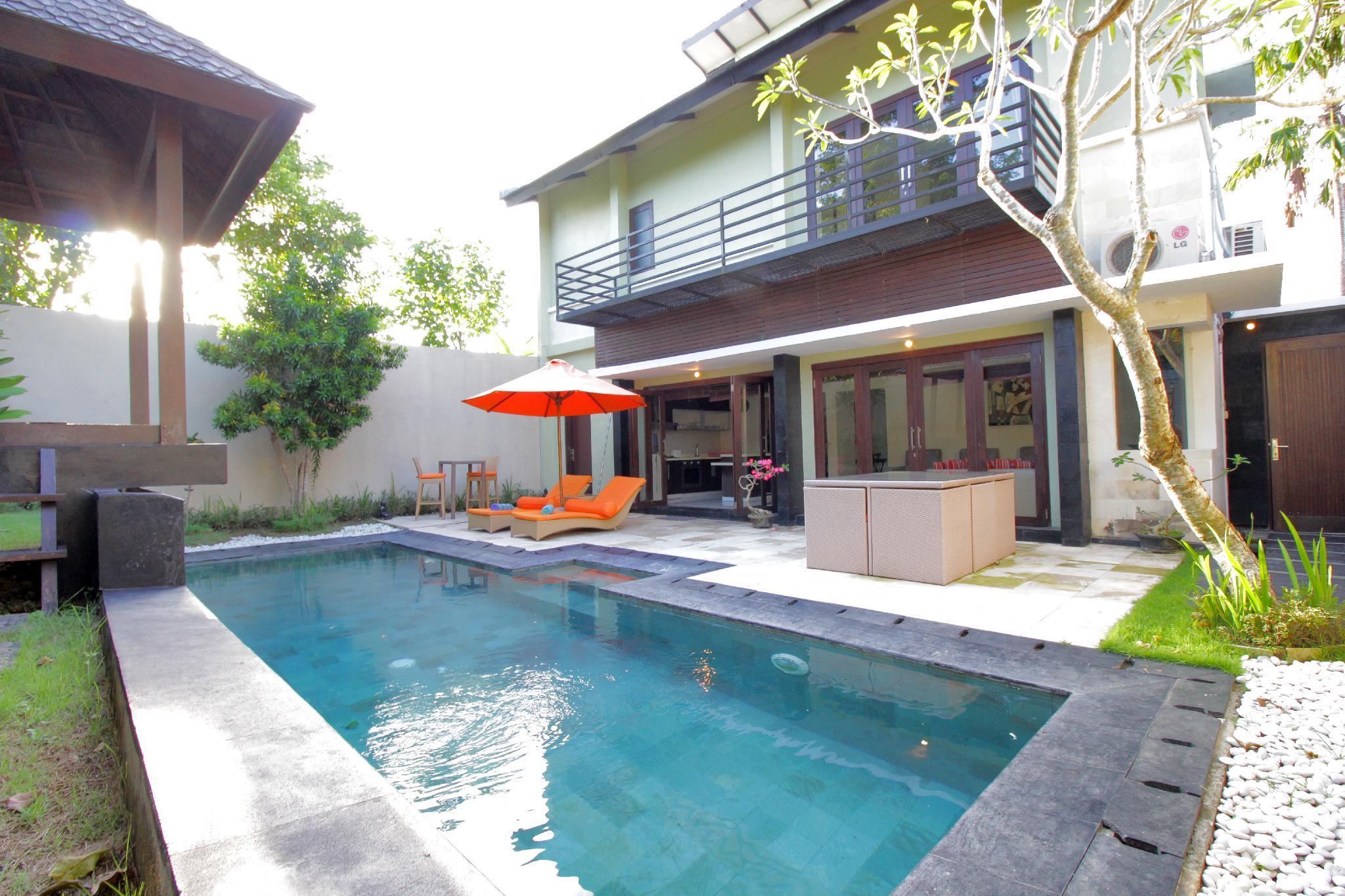 6 BDRM Villa Secret Garden Jimbaran