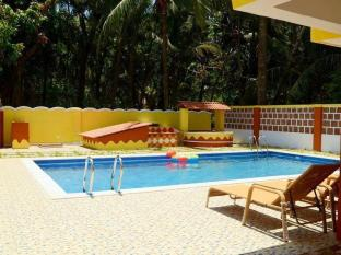 A's Holiday Beach Resort - Boutique Villas and Apartments South Goa - Apartment - Swimming Pool
