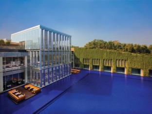 The Oberoi Hotel Gurgaon New Delhi and NCR - Sundeck Exterior View