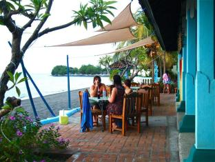 Bali Grand Sunsets Resort Bali - Beach Side Dining Paradise