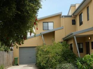 Central Cowes Family Townhouses PayPal Hotel Phillip Island