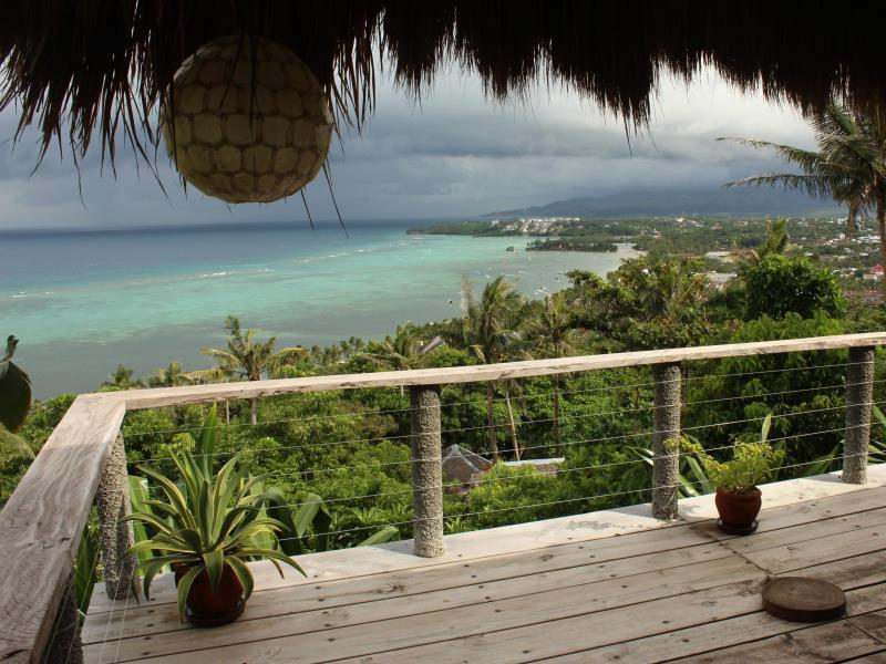 Boracay Private Mt. Casitas Villa0