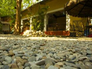 Maruni Sanctuary Lodge Chitwan - रिसेप्शन