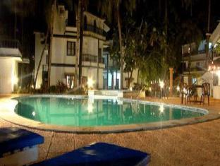 Palm Resort Norra Goa - Pool