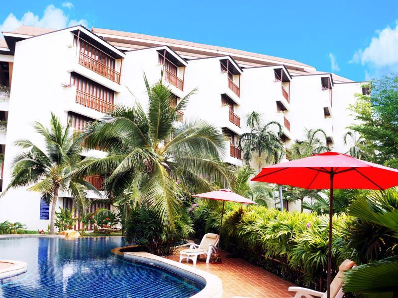 The Royal Tropical Beach at VIP Chain Resort,เดอะรอยัลทรอปิคัลบีช แอท วีไอพีเชนรีสอร์ท