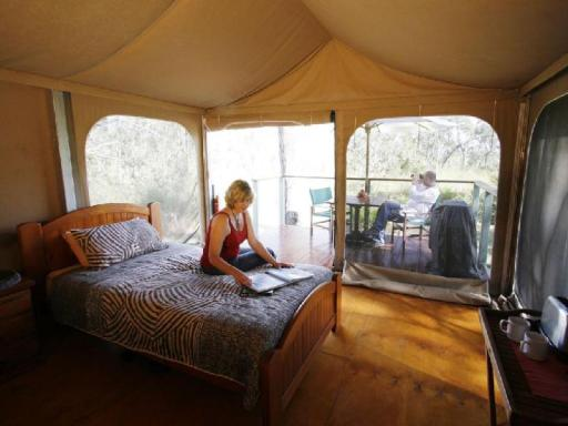 Best guest rating in Mareeba ➦  takes PayPal