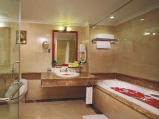 First-Luxury Wing Hotel Saigon Ho Chi Minh City - Bathroom - First Executive Deluxe