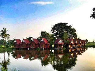 卢加绒度假村