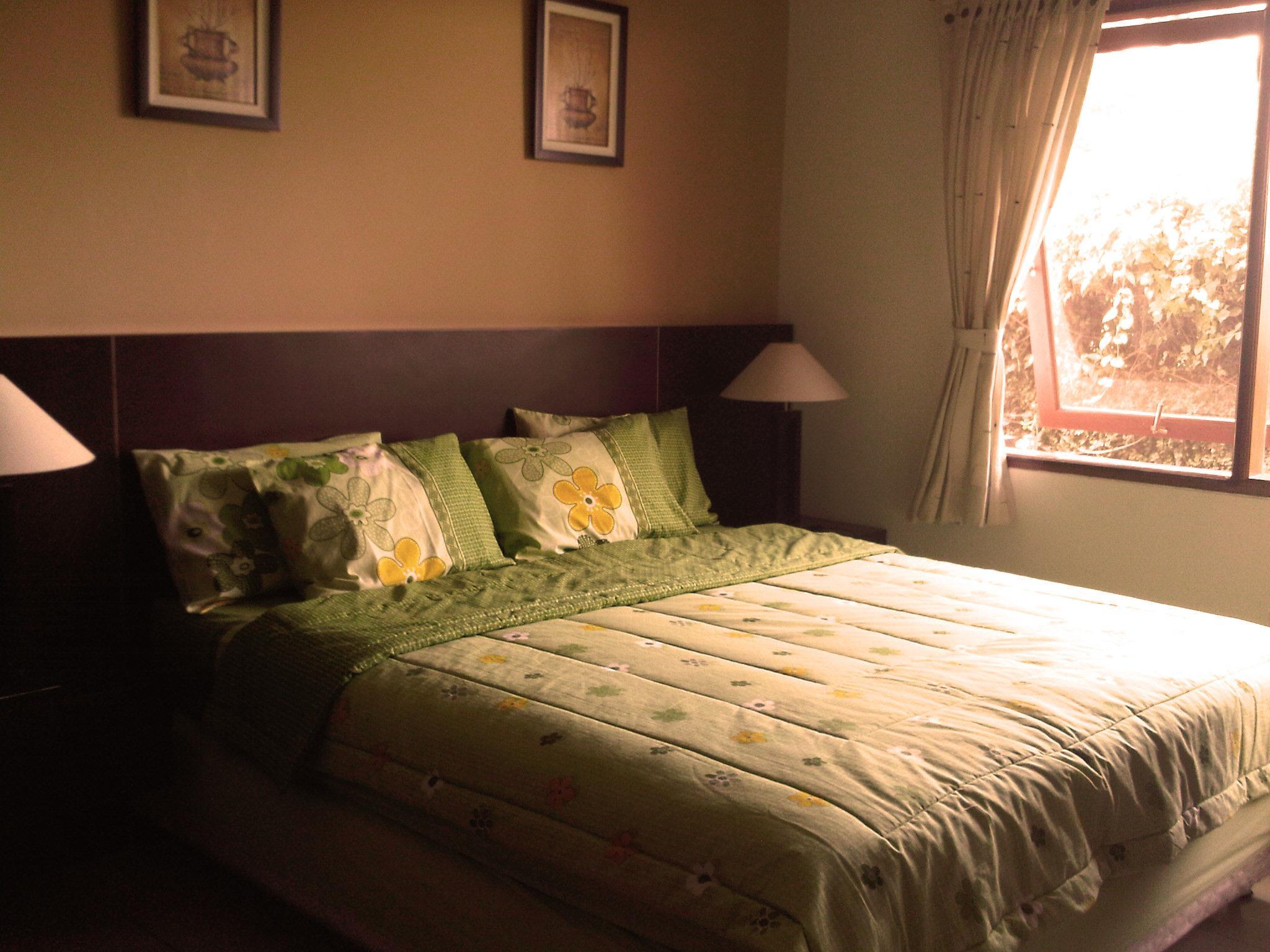 Hotel 1 Bedroom Apartment - De Hill Villa 1 - Jalan Hegarsari Raya 5 - Bandung