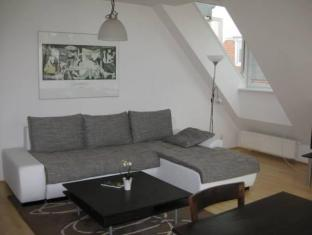 Puzzlehotel Apartment Mariannengasse Vienna - Suite Room