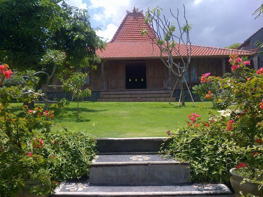 Damar Emas House 16 (Bali)