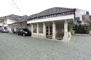 Jalan Stasiun Kembang Baru No. 3 Yogyakarta (near Adiscuptio Airport)