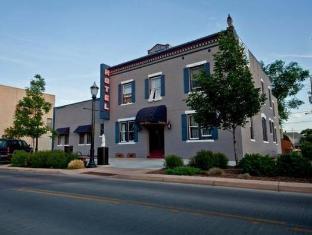 Historic Melrose Hotel