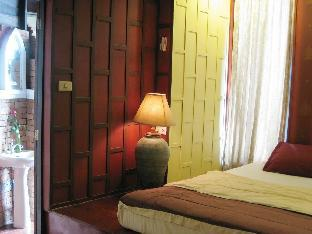 booking Ayutthaya Tony's Place Beds & Breakfast hotel