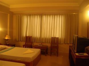 Champs Elysee Hotel III Phnom Penh - Guest Room
