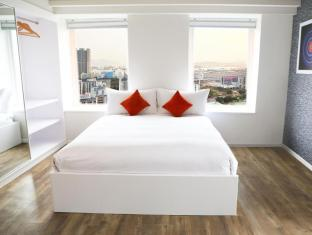 Ovolo West Kowloon Hong Kong - Family Suite