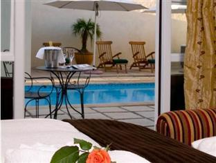The Devon Valley Hotel Stellenbosch - Manor Luxury Room Pool View