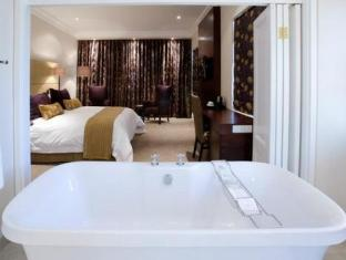 The Devon Valley Hotel Stellenbosch - Vineyard Luxury with Bath