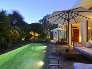 Villa Thila Bali - Swimming Pool