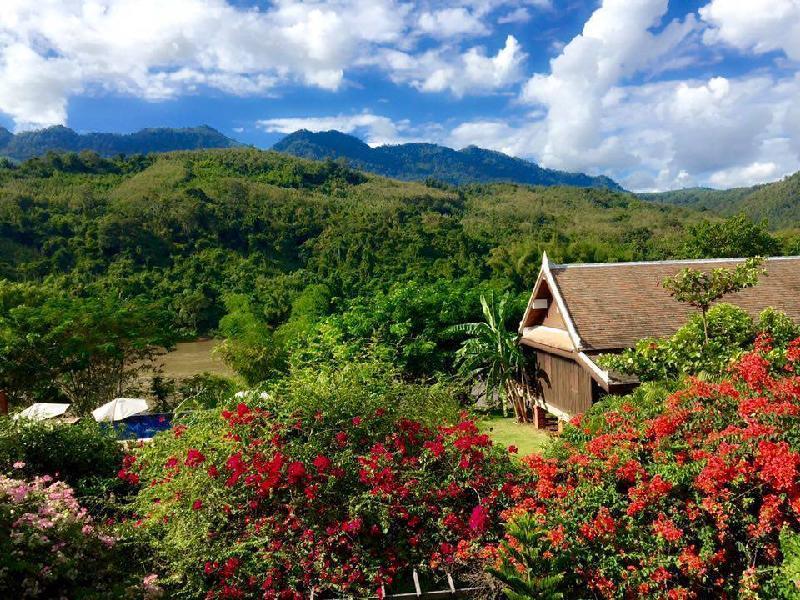 Nam Ou Riverside Resort1